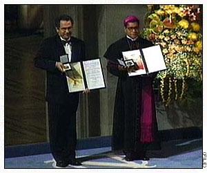 José Ramos-Horta dan Carlos Felipe Ximenes Belo menerima hadiah Nobel Perdamaian 1996