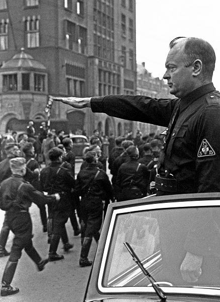 Anton Mussert [1894-1946] Pemimpin NSB