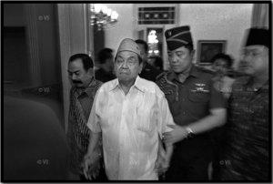 Gus Dur sesaat setelah didjatuhkan MPR, 24 Djuli 2001