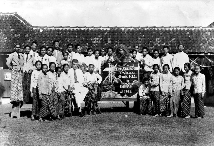 Openbare Hollandsch-Inlandsche School in 1936 te Blitar Oost-Java