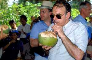 Jan Pronk di Djakarta tahun 1990, wektu misih blom ditjekal