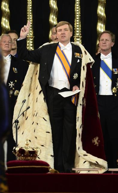 Radja Willem-Alexander Bersumpah