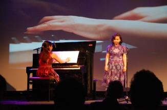 Bernadeta Astari dan Inoue Kanako di Tong Tong Theater