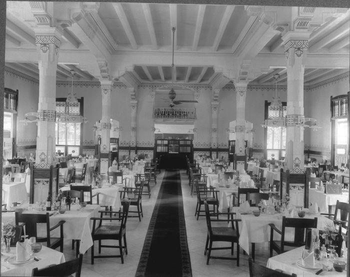 Bangsal makan Hôtel des Indes, Batavia