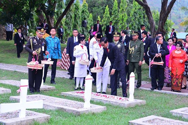 Jokowi tabur bunga di Serodja Dili