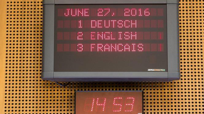 Tiga bahasa kerdja parlemen Eropa