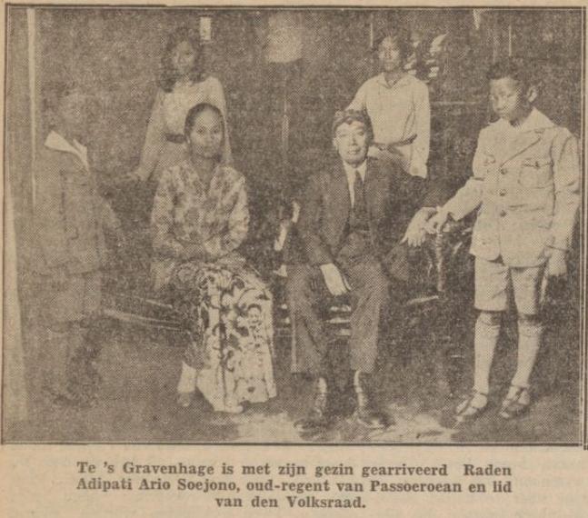 Keluarga Soejono tatkala tiba di Den Haag musim panas 1930, Irawan di sebelah kanan